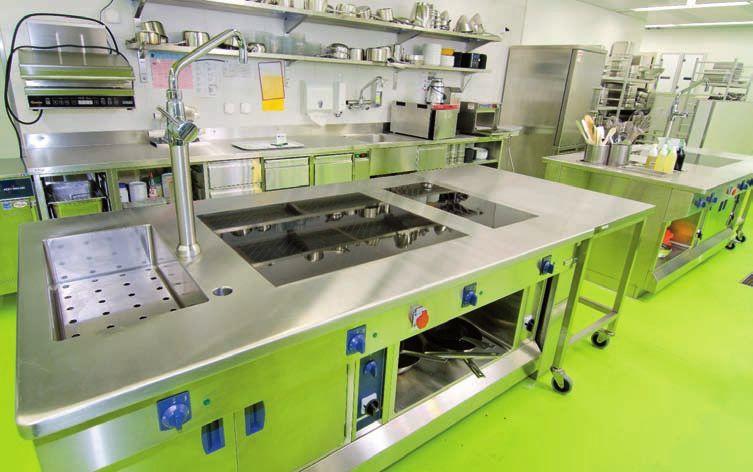 une cuisine extr mement efficace au centre hospitalier de bienne. Black Bedroom Furniture Sets. Home Design Ideas