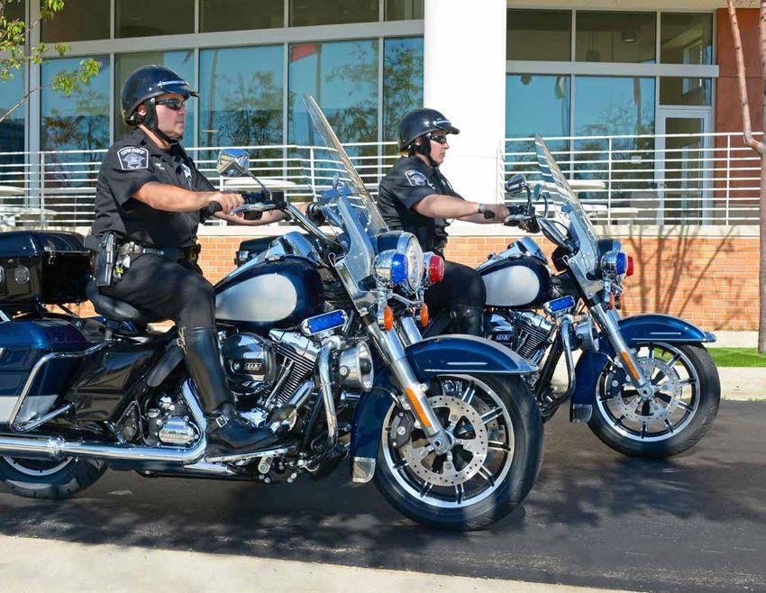 harley davidson police motorcycles 2015 catalogue. Black Bedroom Furniture Sets. Home Design Ideas