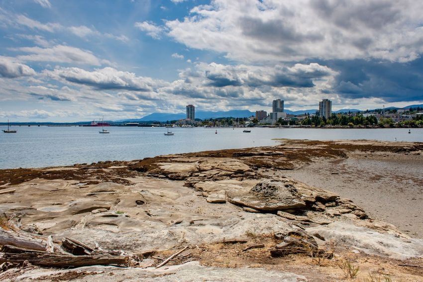 NANAIMO - + Relocation Guide BUSINESS RESOURCE